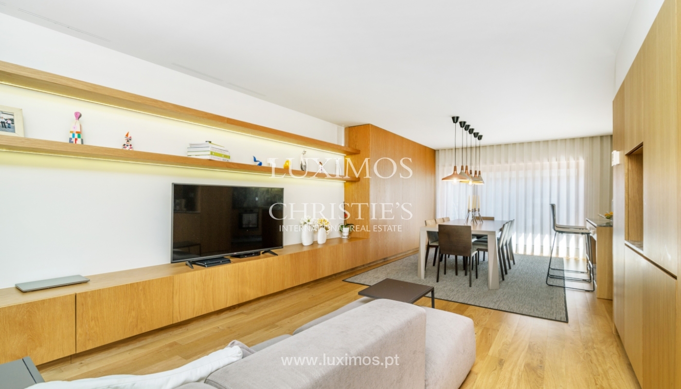 Remodeled house with terrace, for sale, near the centre of Porto, Portugal_139701