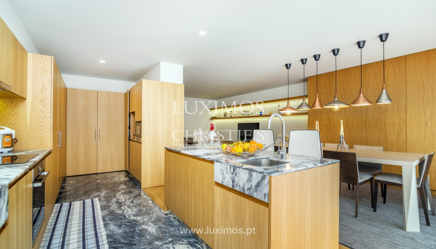 Remodeled house with terrace, for sale, near the centre of Porto, Portugal_139703