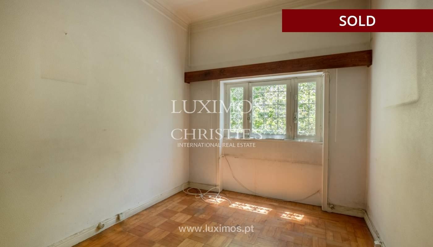 Sale of classic house to remodel, near Boavista, Porto, Portugal_139709