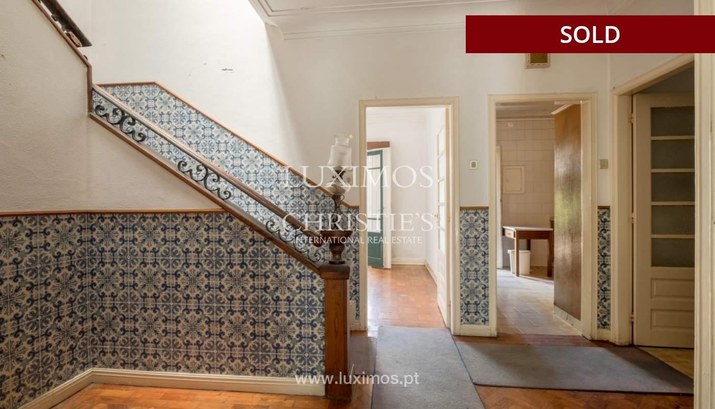 Sale of classic house to remodel, near Boavista, Porto, Portugal_139715
