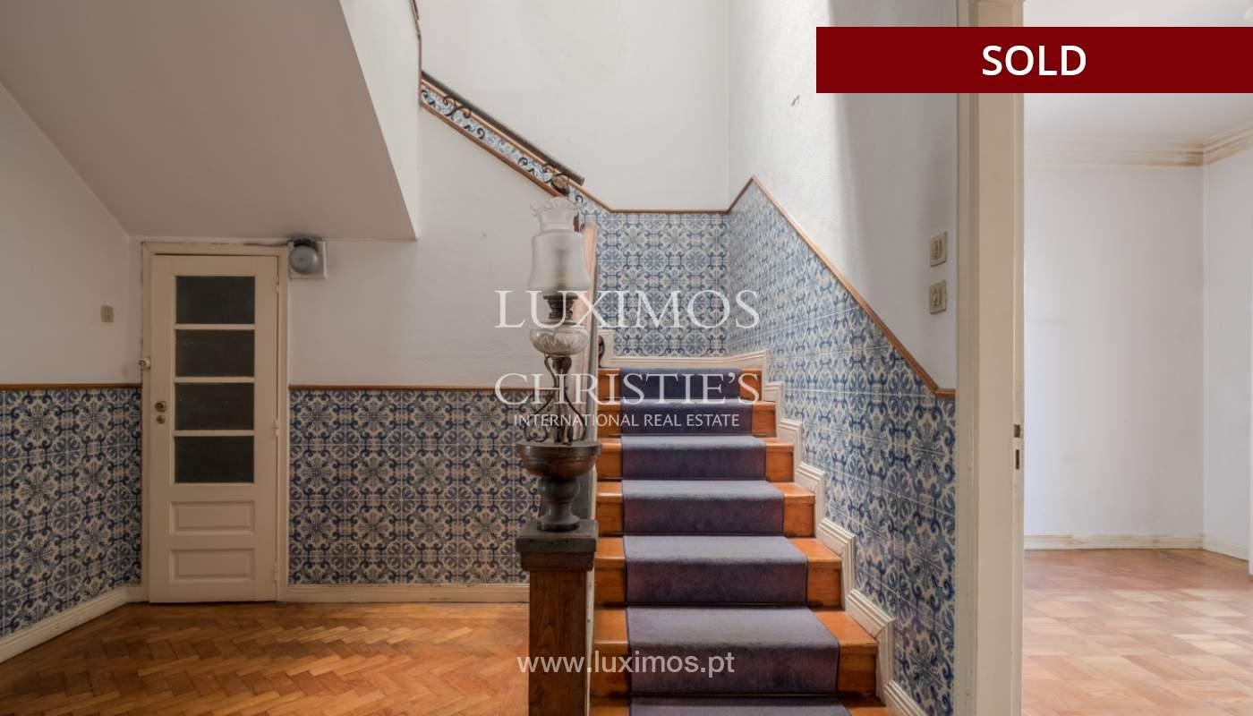 Sale of classic house to remodel, near Boavista, Porto, Portugal_139721
