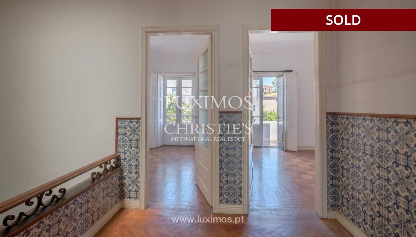 Sale of classic house to remodel, near Boavista, Porto, Portugal_139727