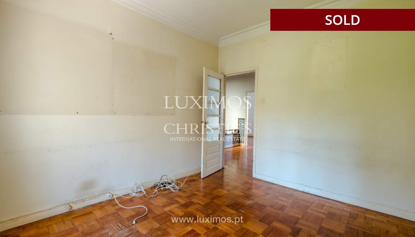 Sale of classic house to remodel, near Boavista, Porto, Portugal_139742