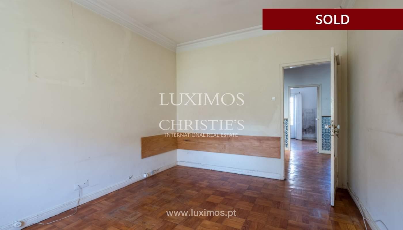Sale of classic house to remodel, near Boavista, Porto, Portugal_139745