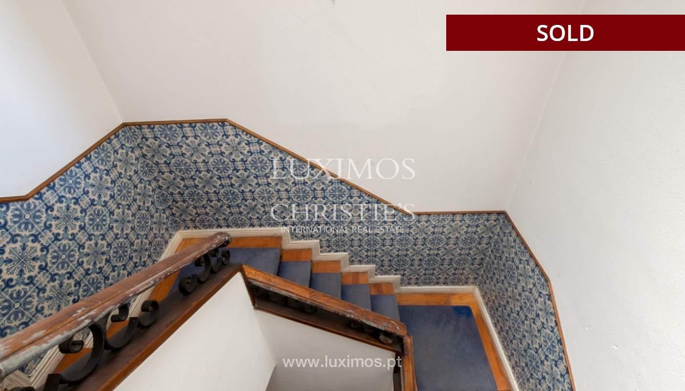 Sale of classic house to remodel, near Boavista, Porto, Portugal_139752