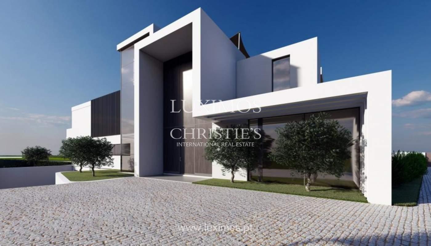 Venda de moradia moderna frente golfe em Vila Sol, Vilmoura, Algarve_139936