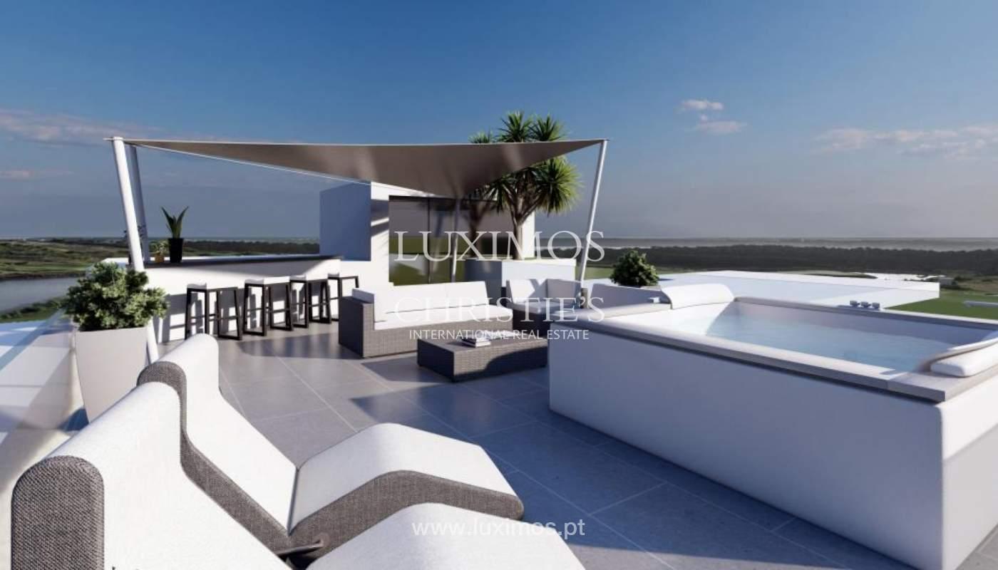 Venda de moradia moderna frente golfe em Vila Sol, Vilmoura, Algarve_139945