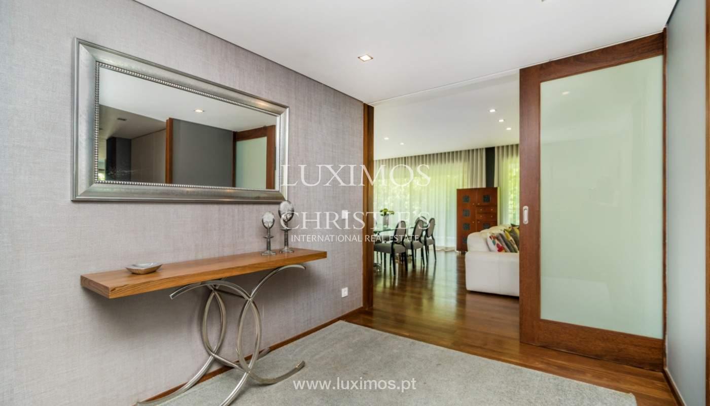 Apartment for rent overlooking the river in condominium, in Porto, Portugal_139971