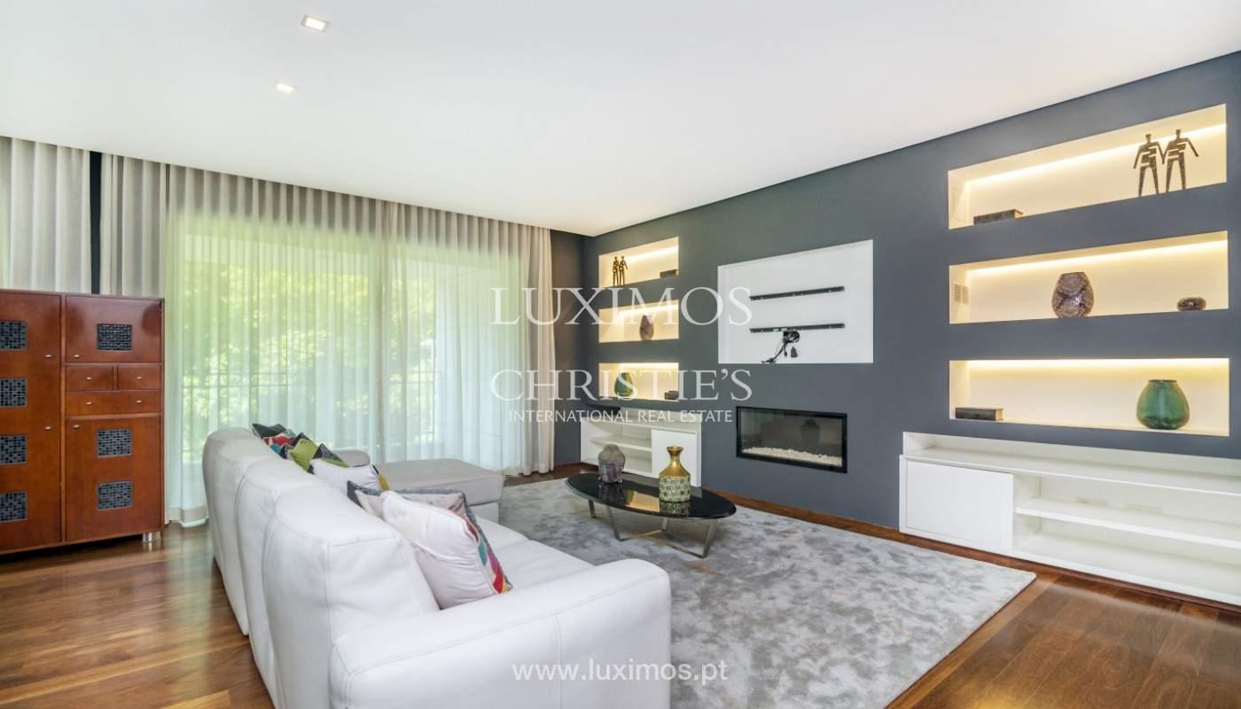 Apartment for rent overlooking the river in condominium, in Porto, Portugal_139972