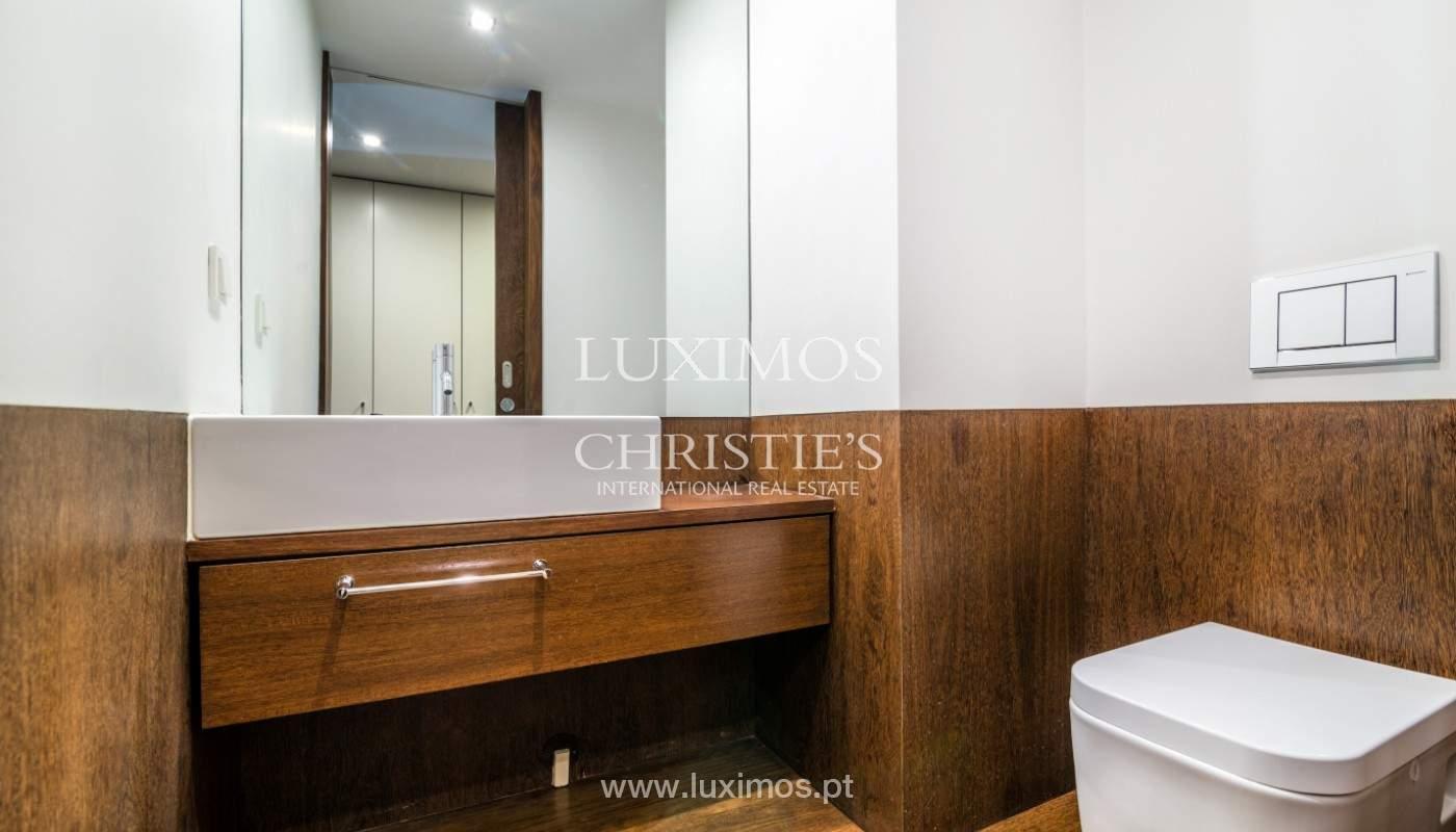 Apartment for rent overlooking the river in condominium, in Porto, Portugal_139984