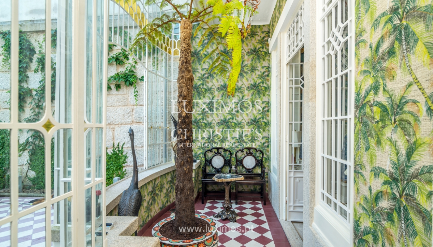 Rehabilitated luxury villa with gardens, centre of Porto, Portugal_141348