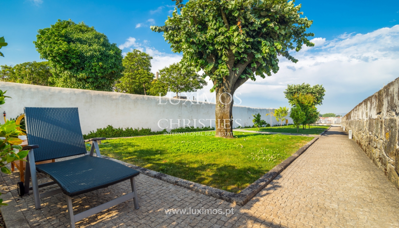 Rehabilitated luxury villa with gardens, centre of Porto, Portugal_141351