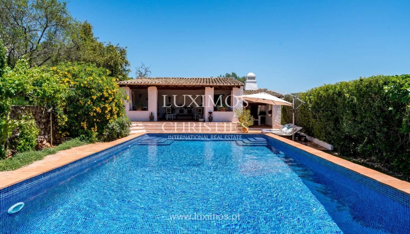 Venda de moradia com piscina, terraço e jardim, em Loulé_141490