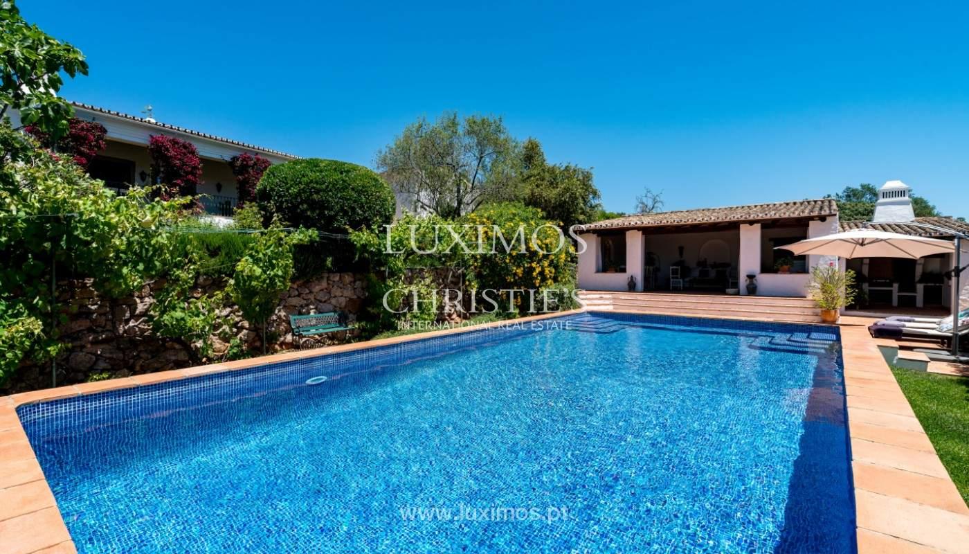 Venda de moradia com piscina, terraço e jardim, em Loulé_141491