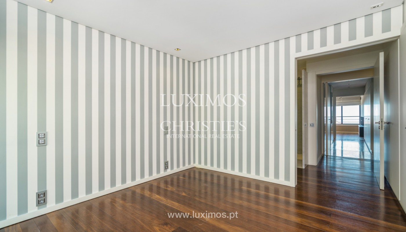 Apartamento de luxo com vistas mar, para venda, na Foz do Douro_142739