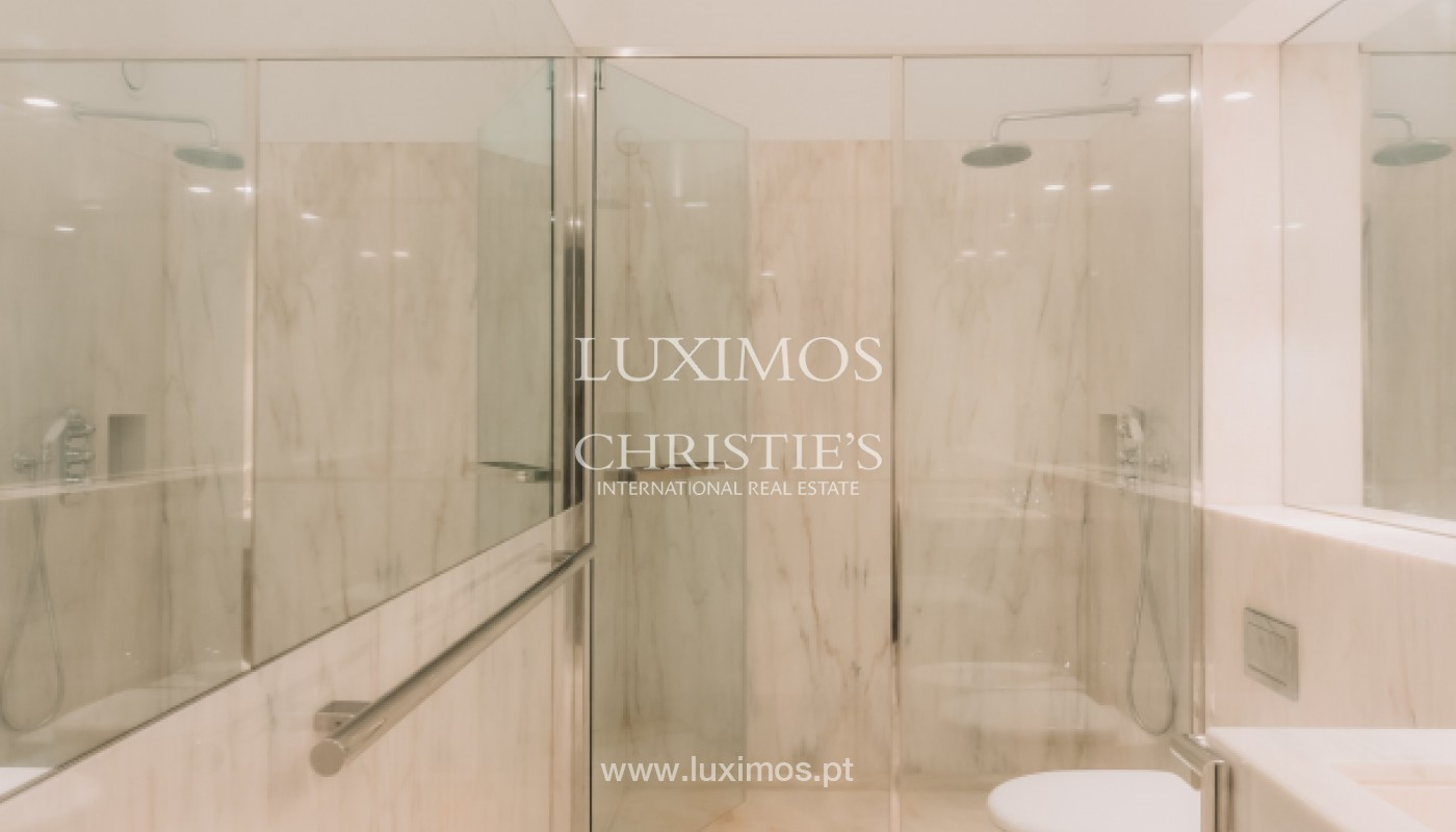 New apartment in luxury development in downtown Porto, Portugal_143099