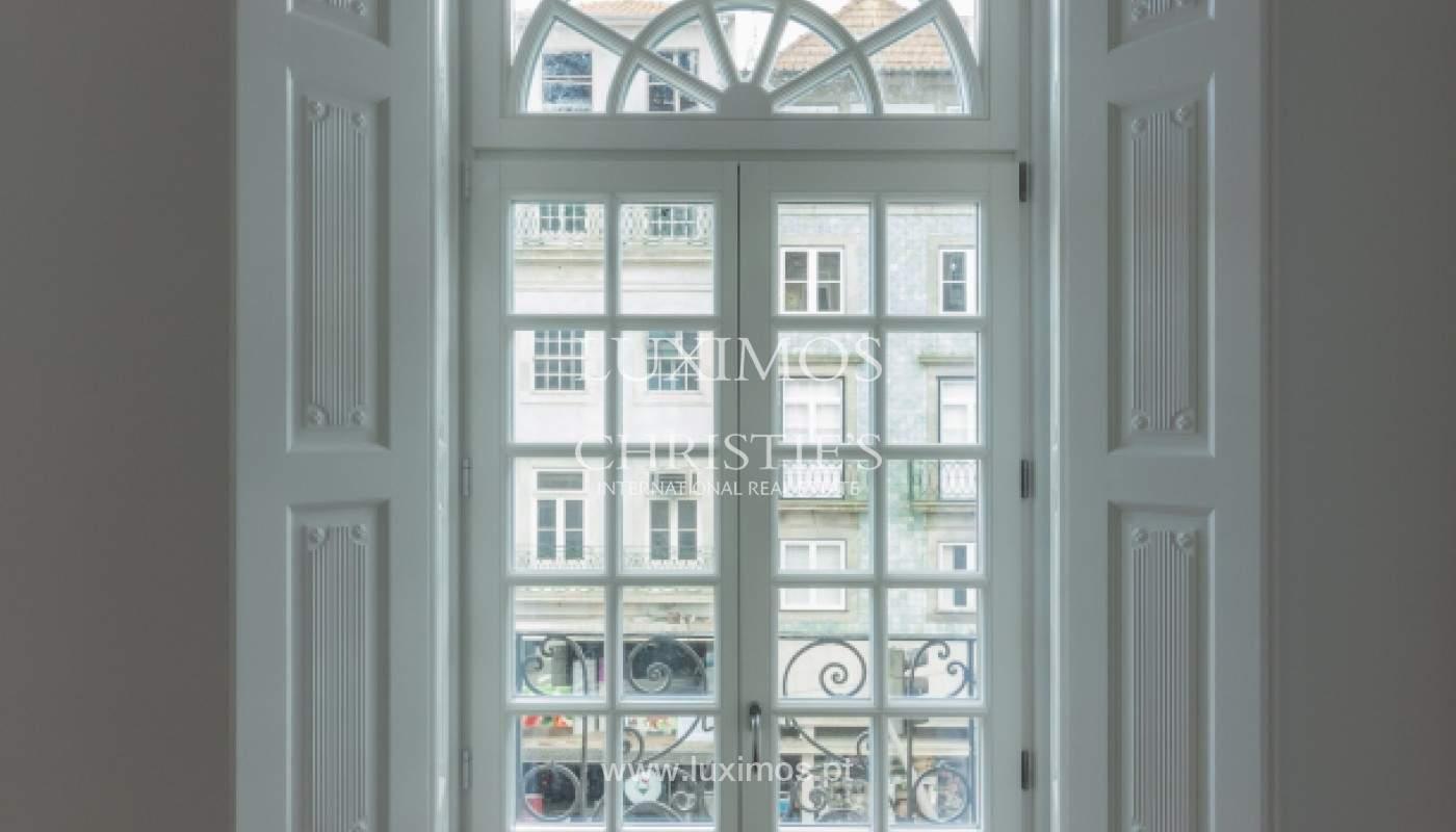 Apartamento novo em empreendimento de luxo na baixa do Porto_143103