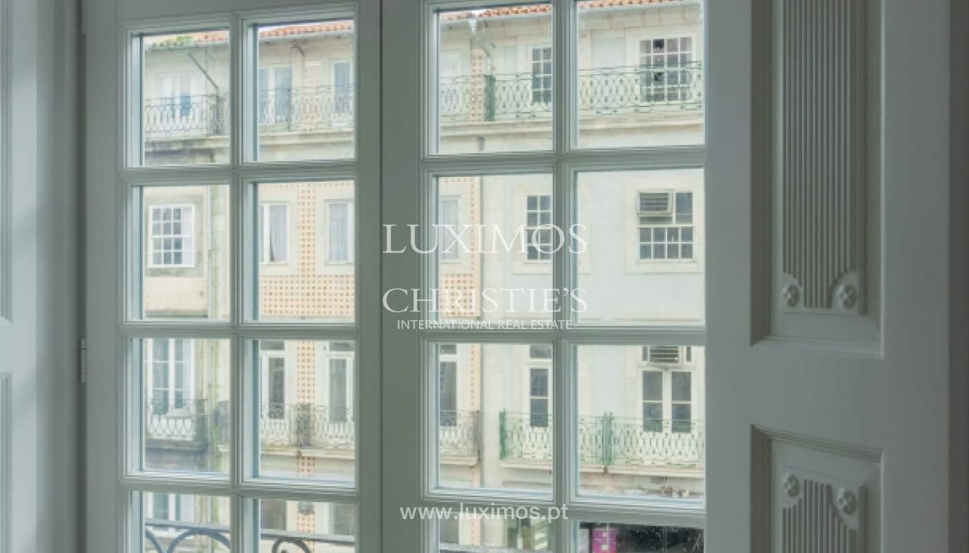 Apartamento novo em empreendimento de luxo na baixa do Porto_143104