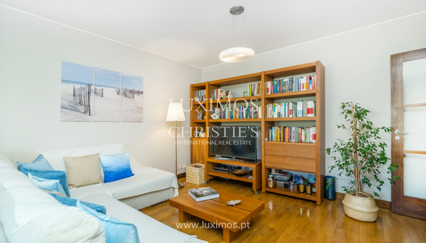 Apartment with balcony, for sale, in Lordelo do Ouro, Porto, Portugal_143437
