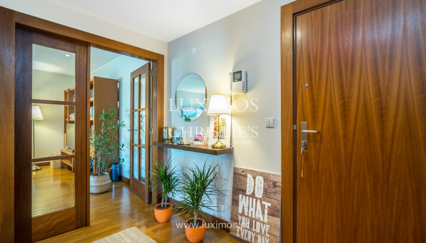 Apartment with balcony, for sale, in Lordelo do Ouro, Porto, Portugal_143449