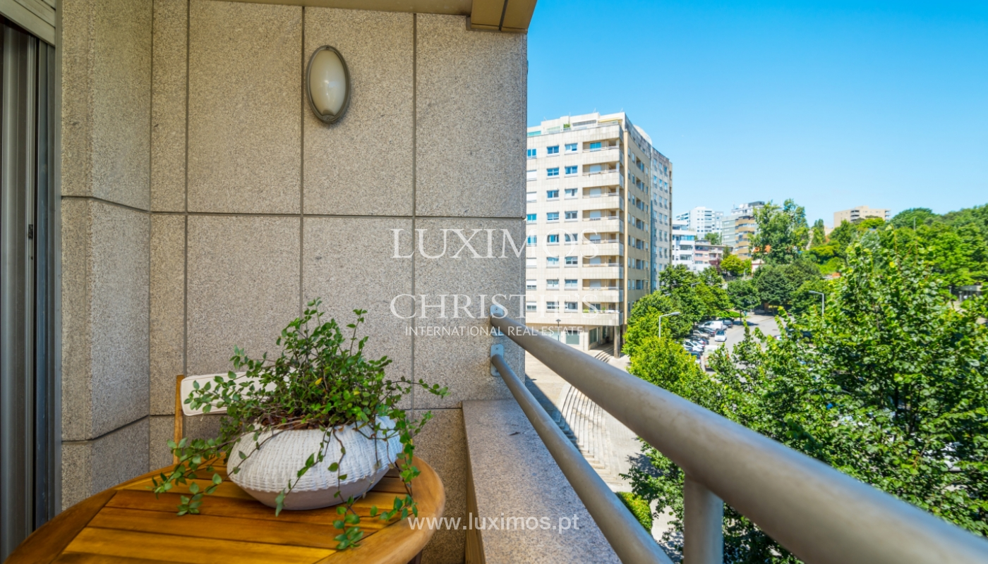 Apartment with balcony, for sale, in Lordelo do Ouro, Porto, Portugal_143460