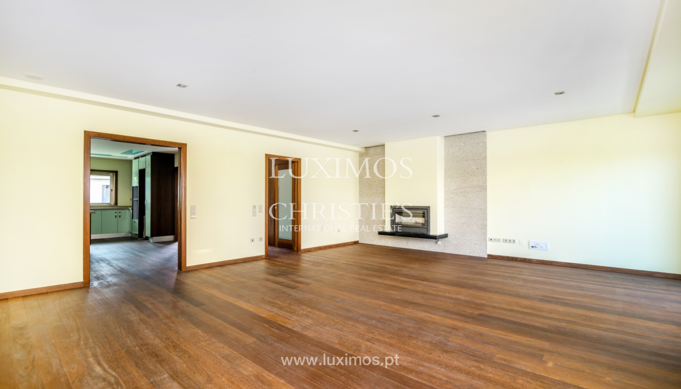 New house, for sale, in residential area of V.N. Gaia, Porto, Portugal_143681