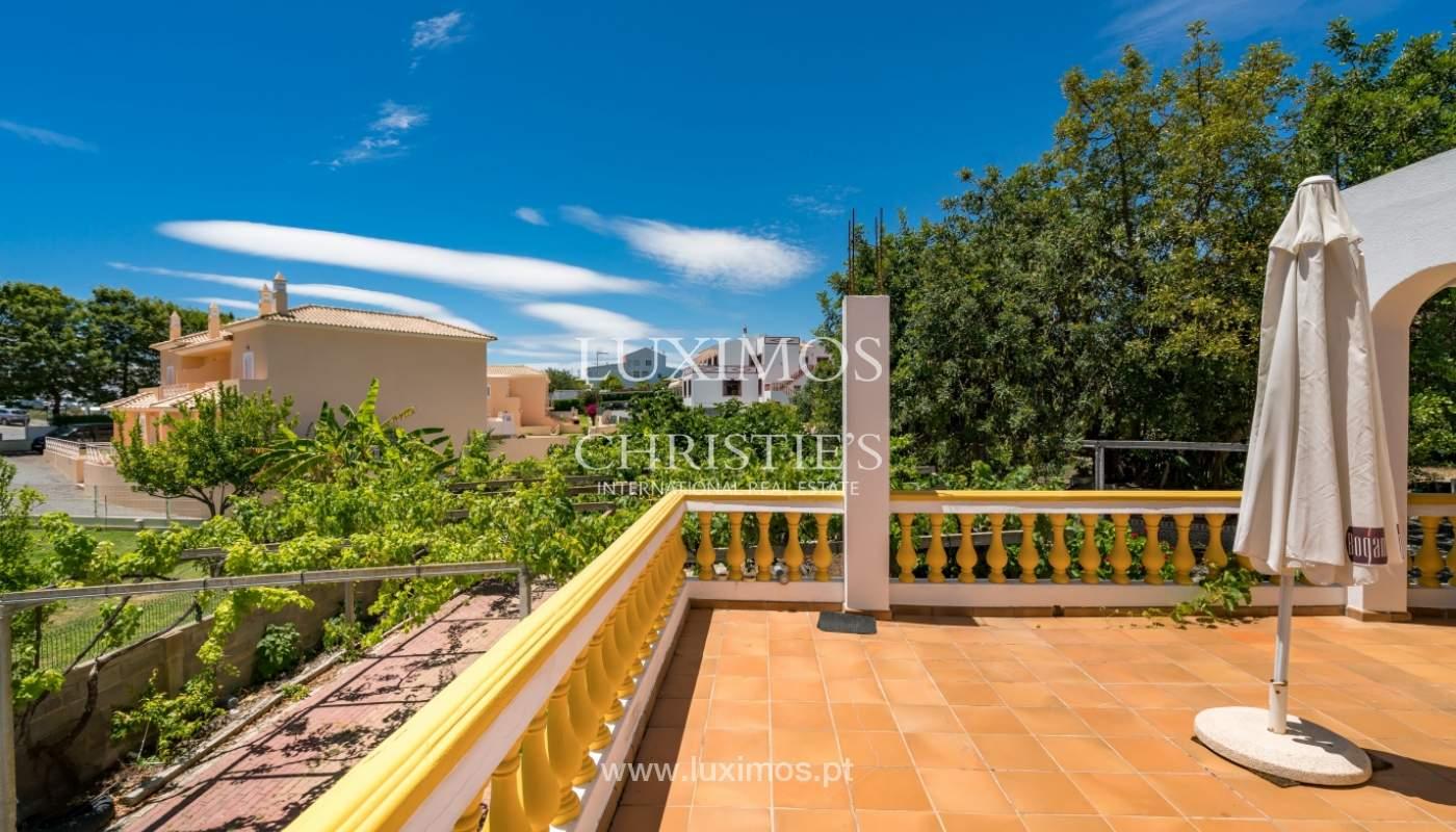 Moradia V4 com terreno e piscina interior, para venda, em Albufeira_143784