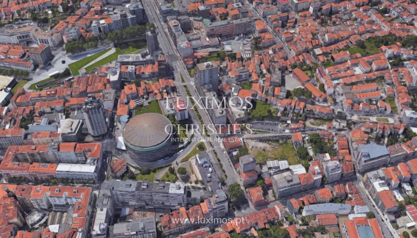 Appartement rénové avec vue sur le fleuve, à vendre, Porto, Portugal_144553