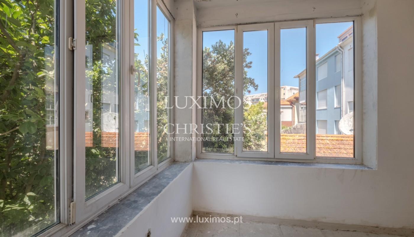 Remodel house, for sale, in the center of Porto, Portugal_144814