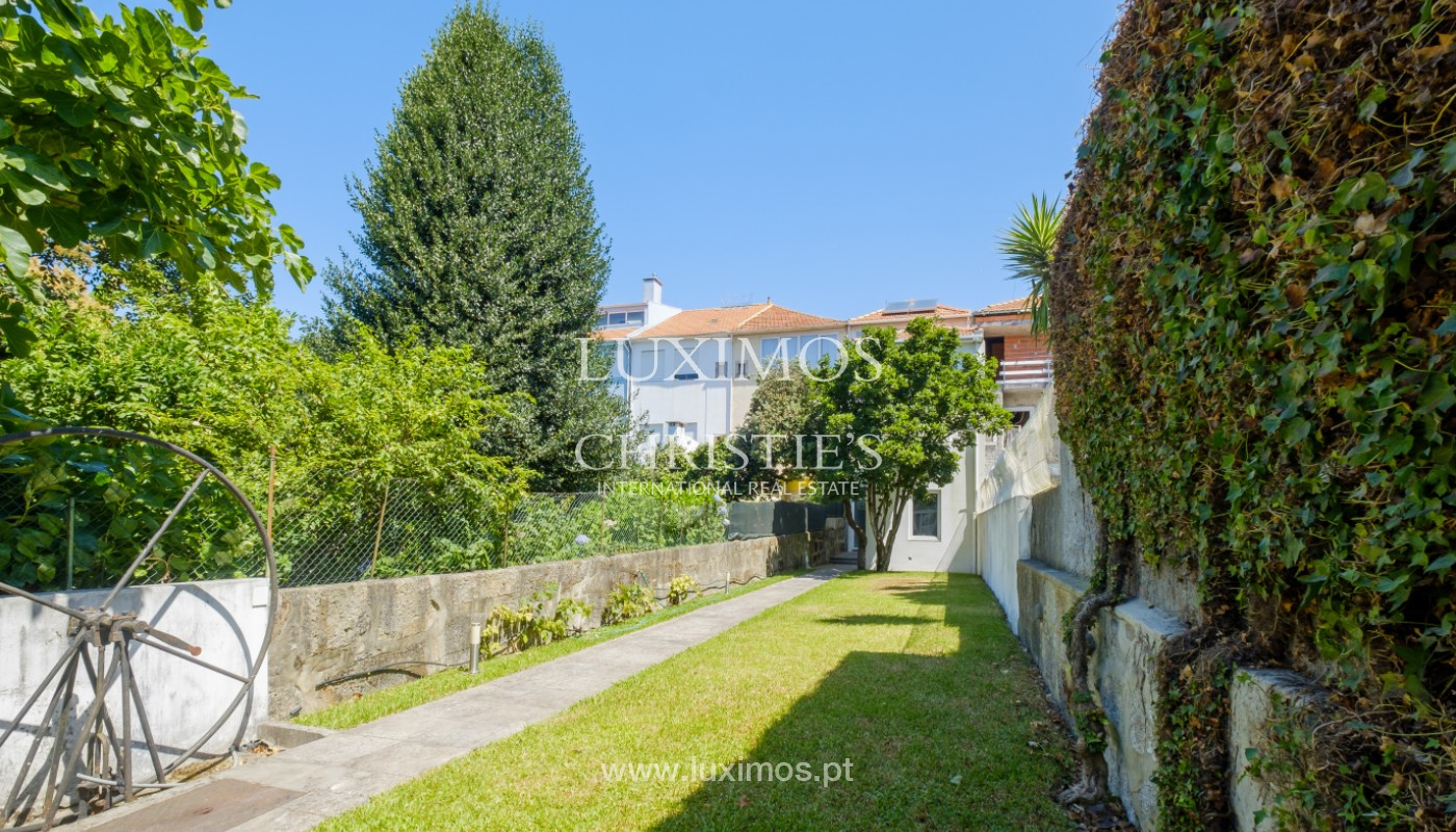 Remodel house, for sale, in the center of Porto, Portugal_144856
