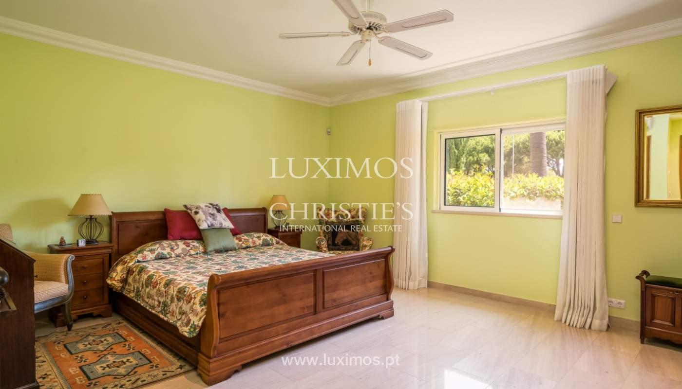 Luxuosa moradia, V5, com piscina e jardim, Vilamoura, Algarve_145109