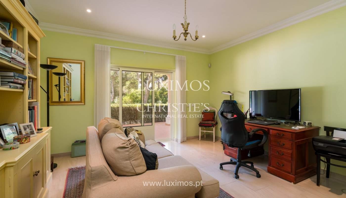 Luxuosa moradia, V5, com piscina e jardim, Vilamoura, Algarve_145113