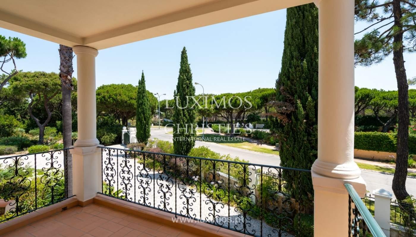 Luxuosa moradia, V5, com piscina e jardim, Vilamoura, Algarve_145129