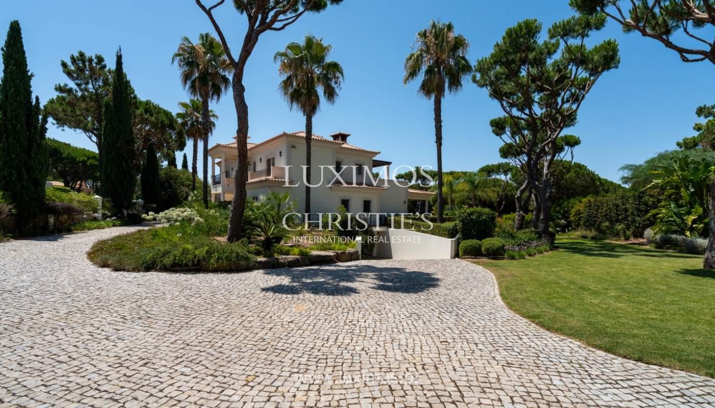 Luxuosa moradia, V5, com piscina e jardim, Vilamoura, Algarve_145130