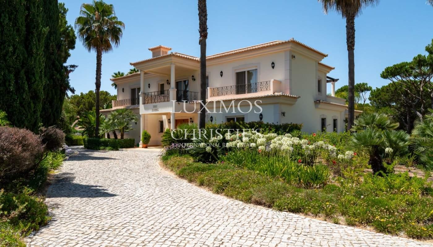 Luxuosa moradia, V5, com piscina e jardim, Vilamoura, Algarve_145131