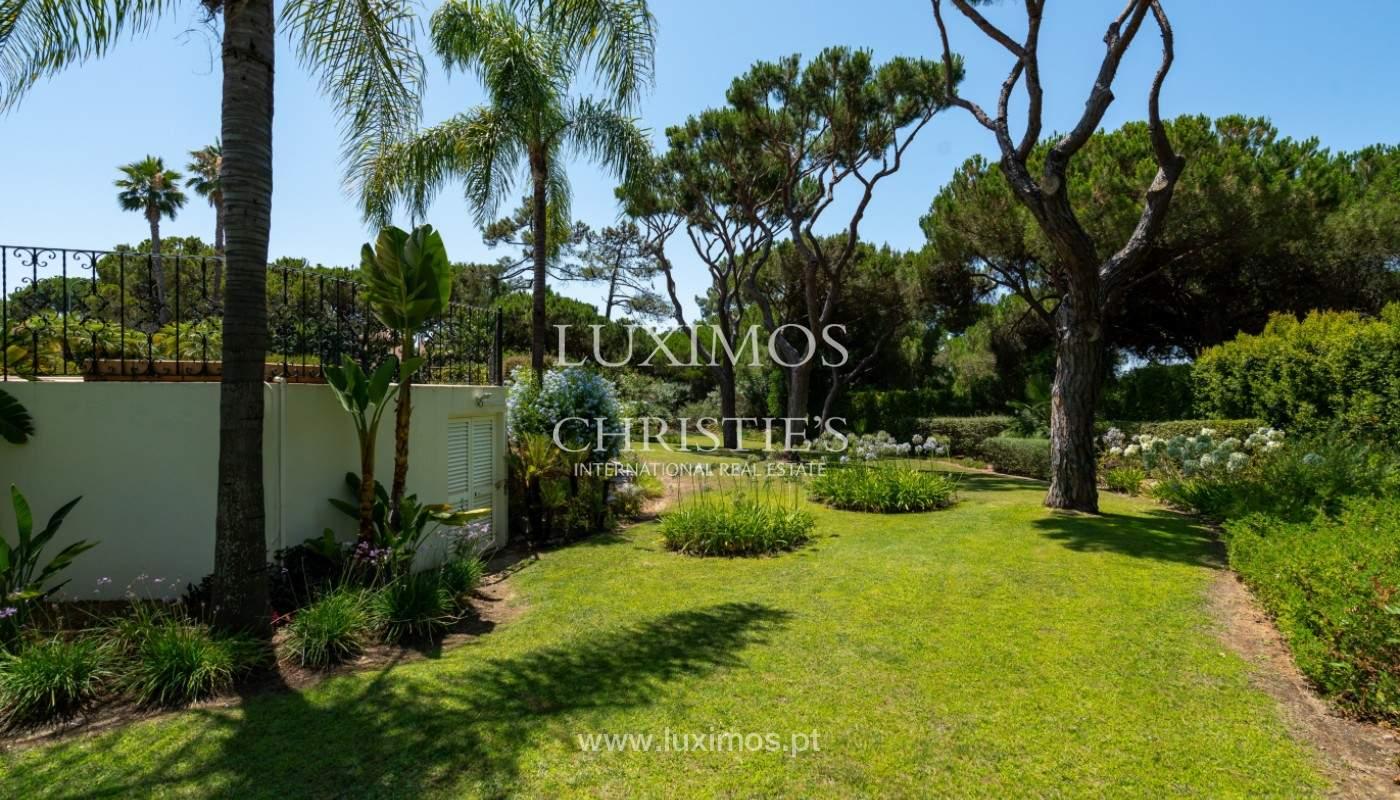 Luxuosa moradia, V5, com piscina e jardim, Vilamoura, Algarve_145137