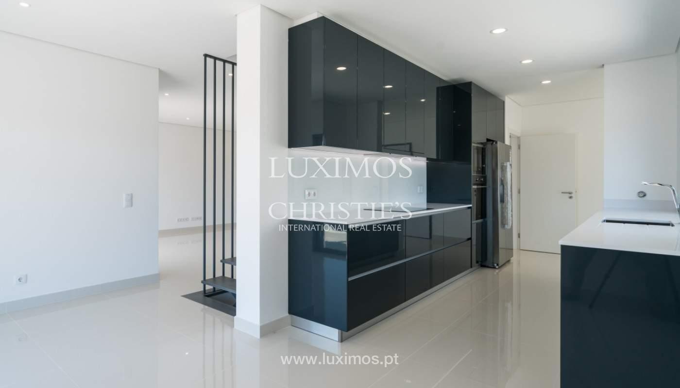 Villa neuve contemporaine à vendre à Quarteira, Algarve, Portugal_145149