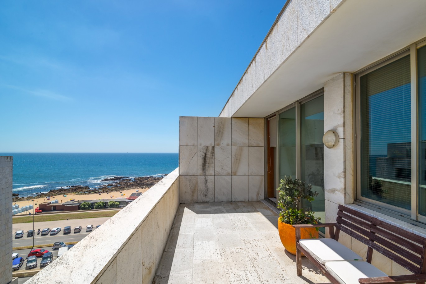 penthouse-apartment-with-sea-views-for-sale-in-porto