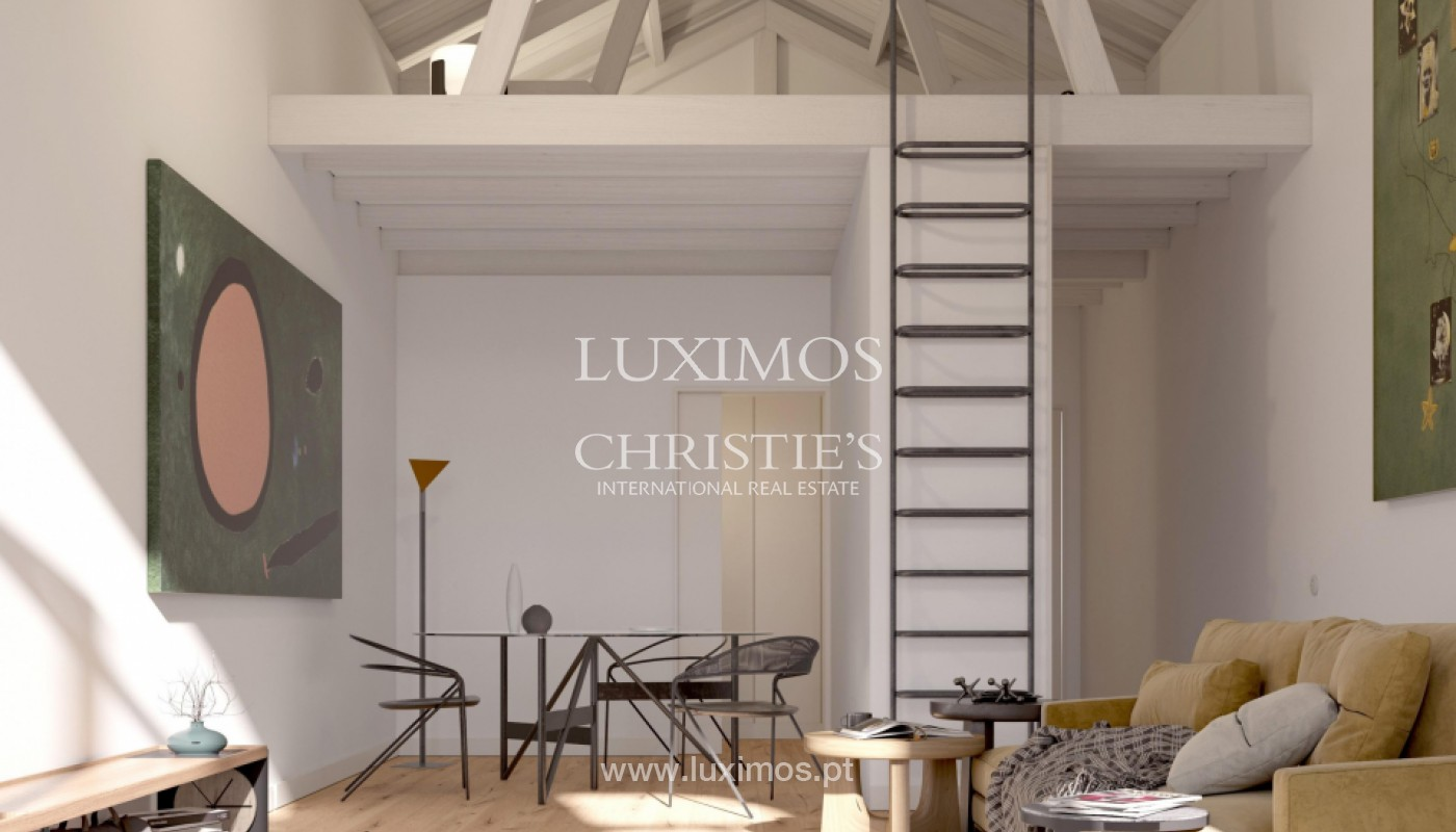 Apartment with mezzanine and balcony, in the center of Porto, Portugal_145262