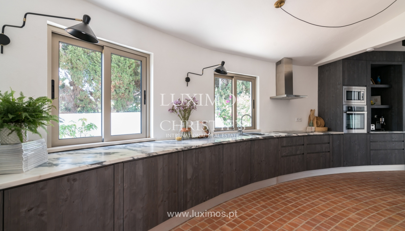Fantastic 2 bedroom villa, tropical pool and garden, Algarve, Portugal_145593