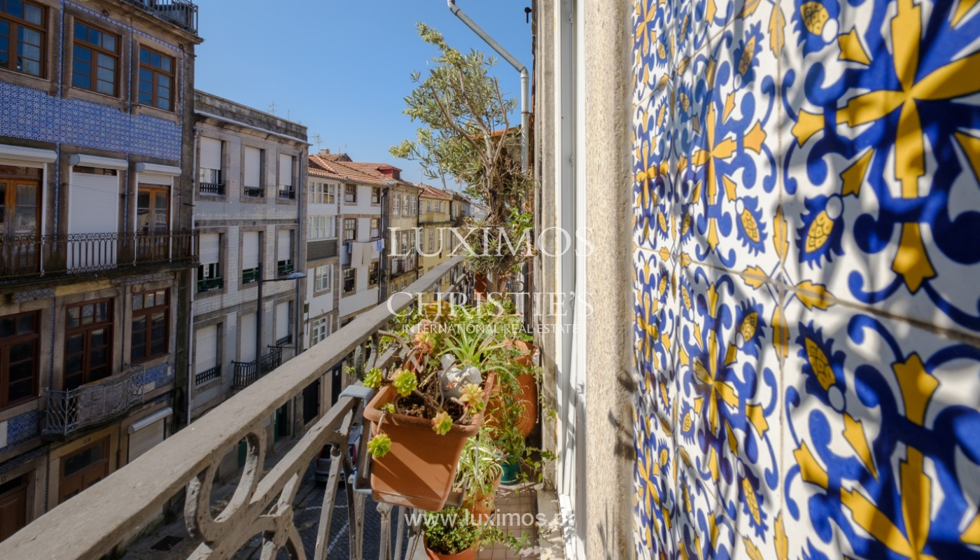 Sale of duplex apartment with city and river views, in Porto, Portugal_145712