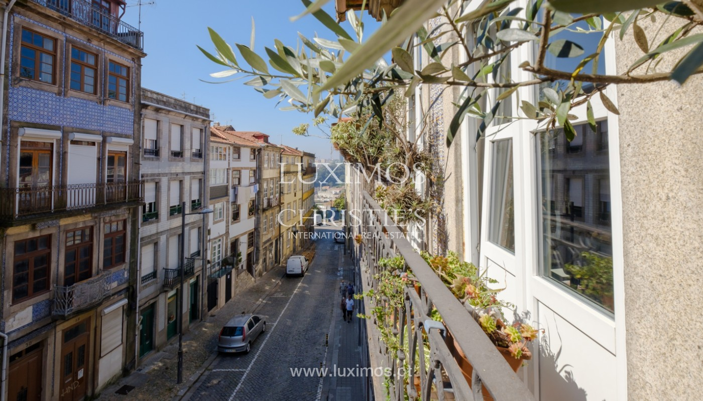 Sale of duplex apartment with city and river views, in Porto, Portugal_145713