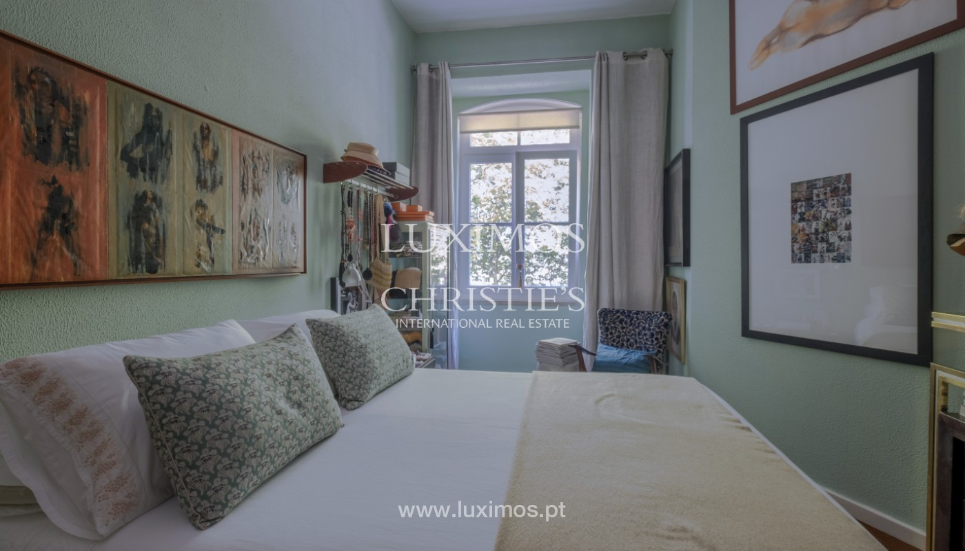 Sale of duplex apartment with city and river views, in Porto, Portugal_145733
