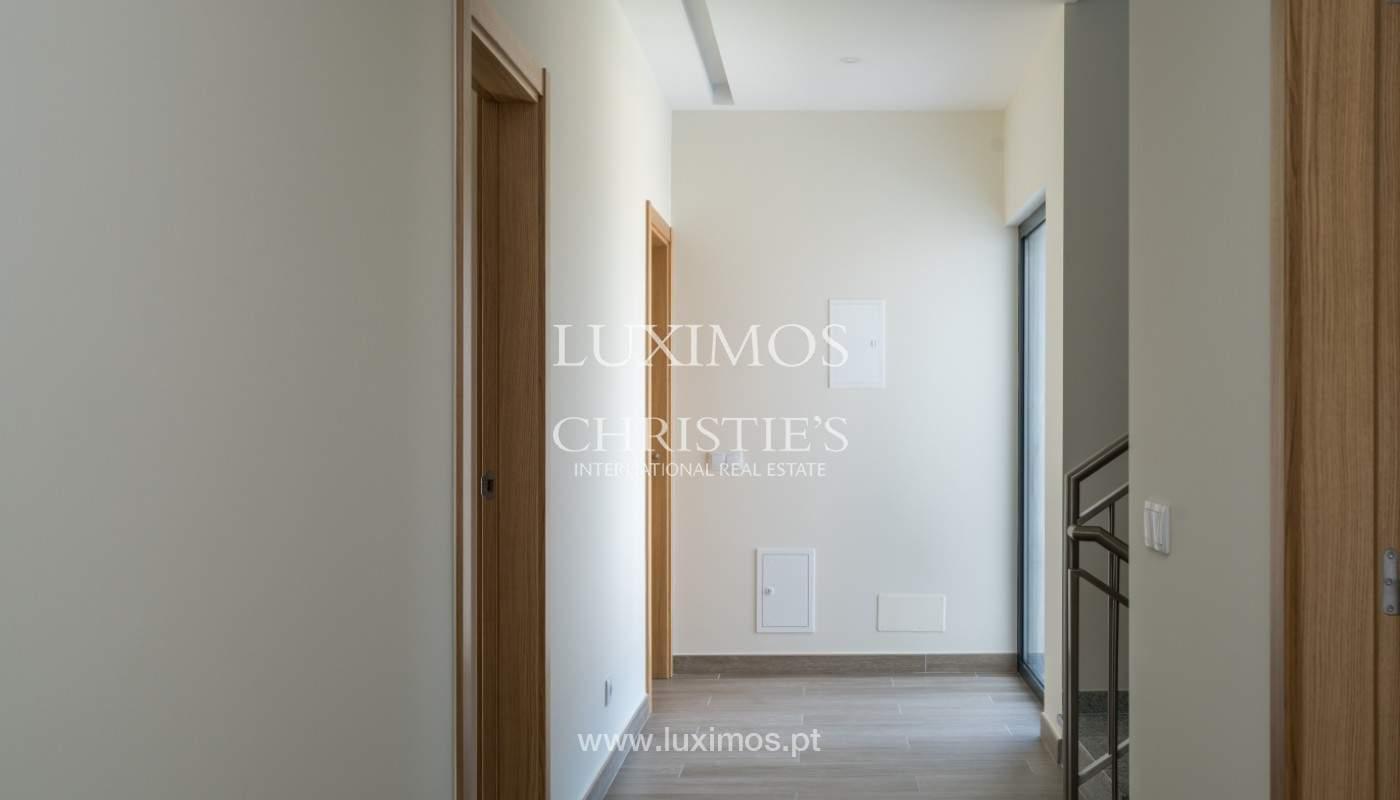 Villa de 5 habitaciones, con piscina y jardín, en venta, Armação de Pêra, Algarve_145805