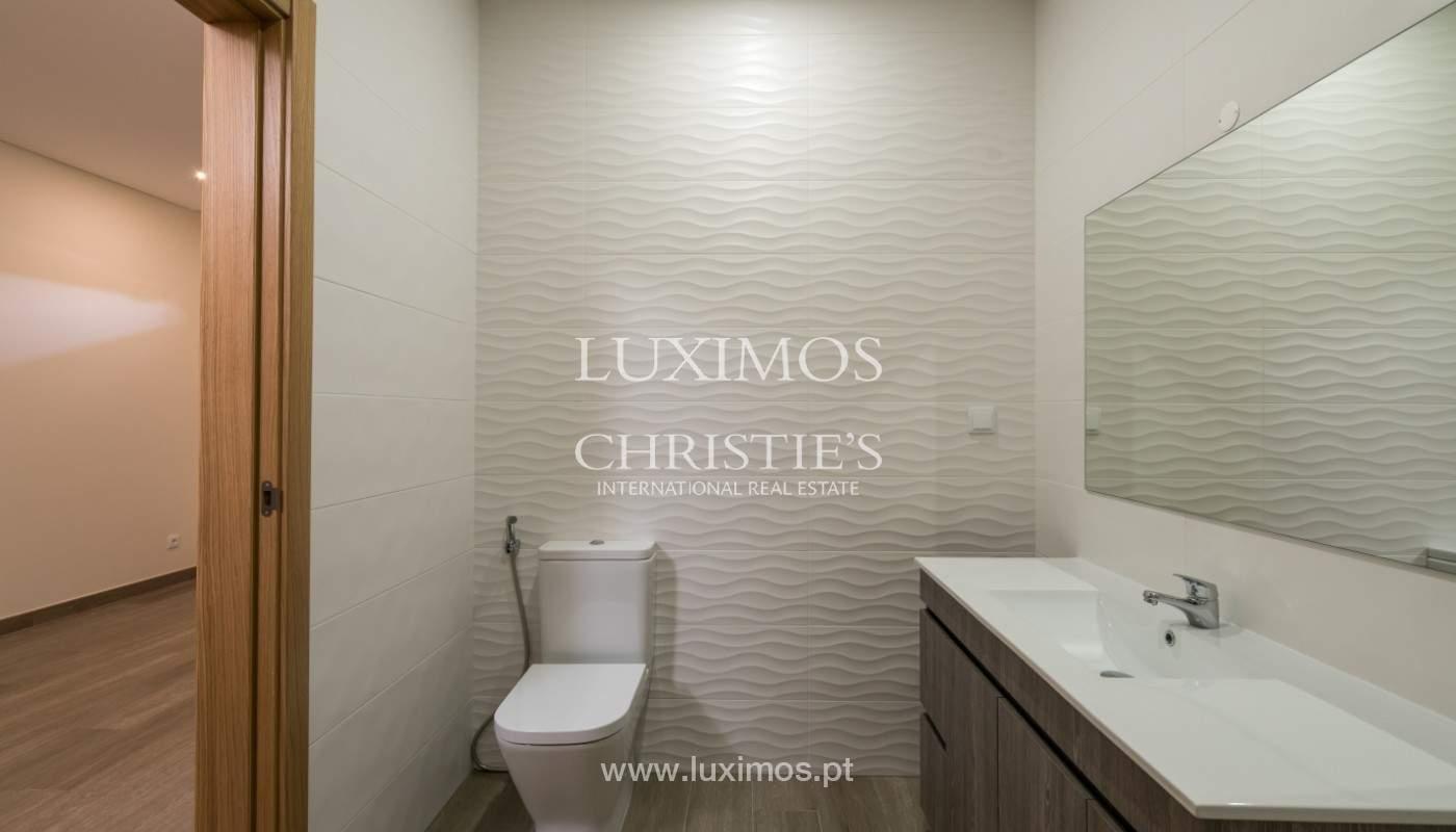 Villa de 5 habitaciones, con piscina y jardín, en venta, Armação de Pêra, Algarve_145807