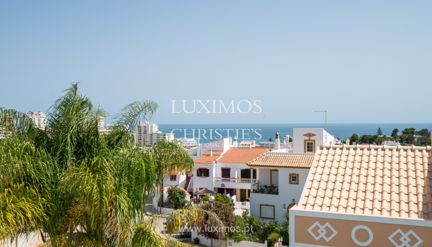 Villa de 5 habitaciones, con piscina y jardín, en venta, Armação de Pêra, Algarve_145814