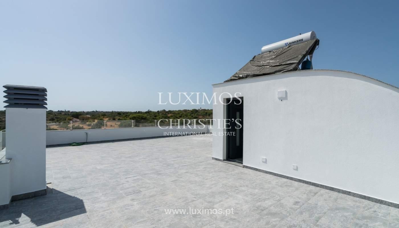 Villa de 5 habitaciones, con piscina y jardín, en venta, Armação de Pêra, Algarve_145815