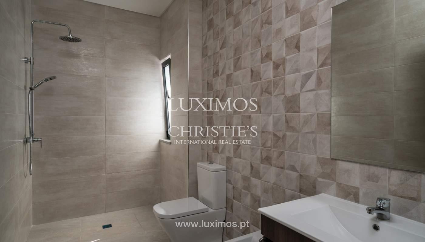 Villa de 5 habitaciones, con piscina y jardín, en venta, Armação de Pêra, Algarve_145821