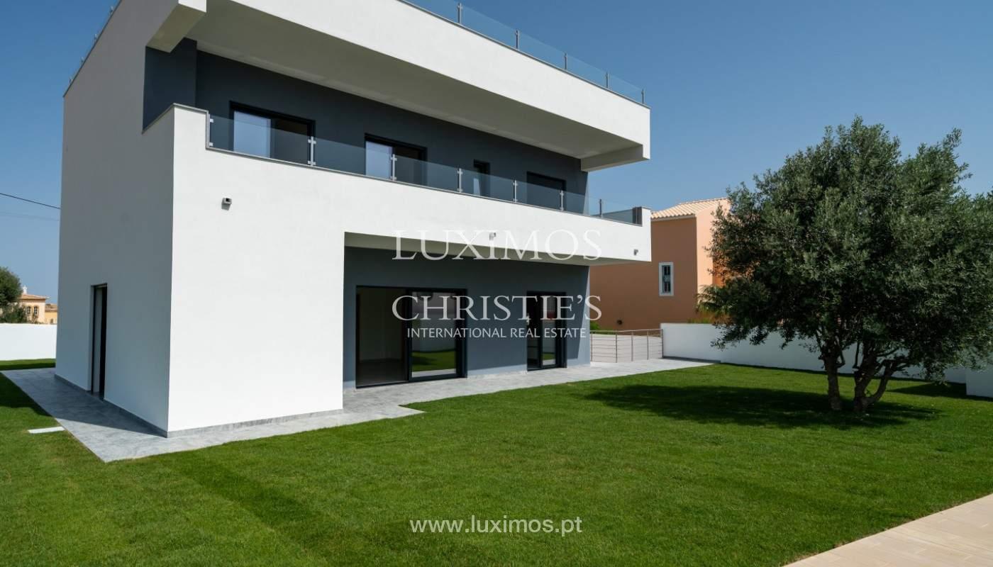 Villa de 5 habitaciones, con piscina y jardín, en venta, Armação de Pêra, Algarve_145836