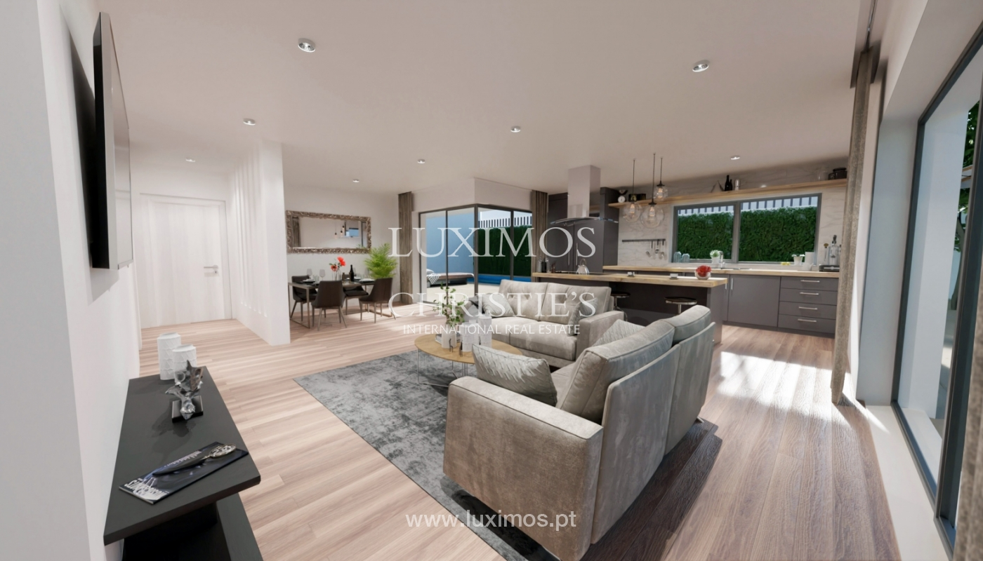 Modern Villa for sale in Tavira, in the Algarve_145906